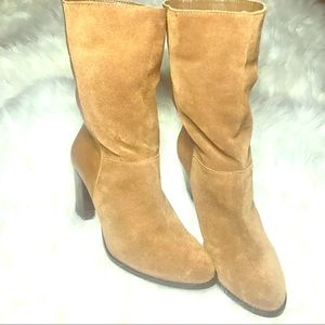Black label Saks Fifth Ave Sz 9M/39 tan suede NWT